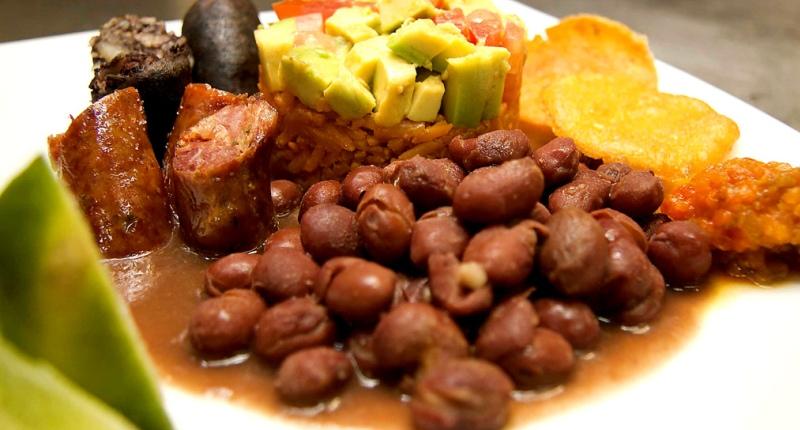 platos-tipicos-deliciosos-mundo-1