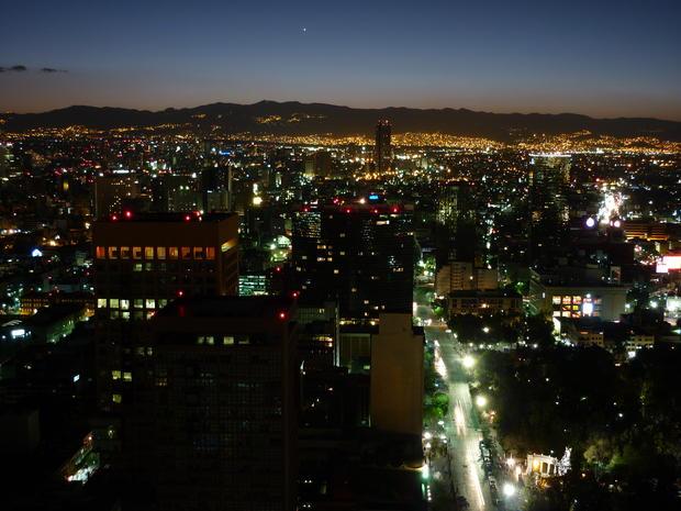 ciudad_de_mexico_de_noche_vista_desde_la_torre_latinoamericana_1