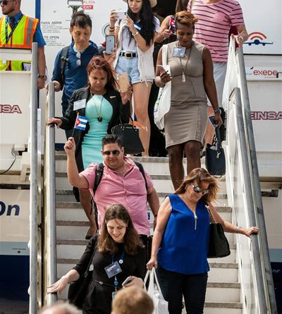 Se reaunudan vuelos comerciales directos entre Cuba y EEUU